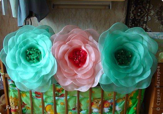 Большие цветы из органзы своими руками фото 681