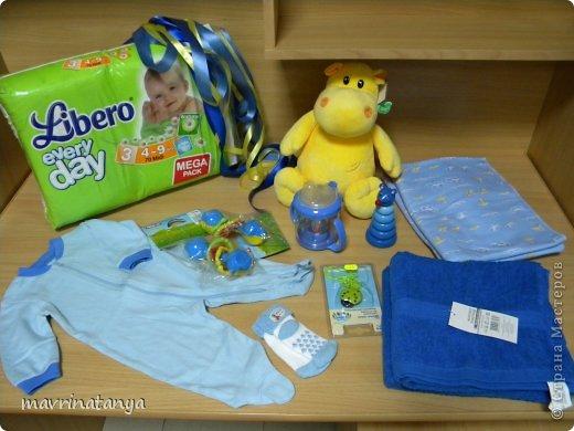 Предлагаю Вашему вниманию мастер-класс по изготовлению оригинального подарка из памперсов для мальчика. фото 2