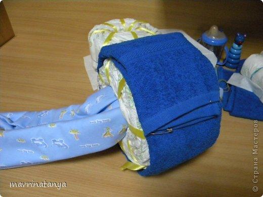 Предлагаю Вашему вниманию мастер-класс по изготовлению оригинального подарка из памперсов для мальчика. фото 16