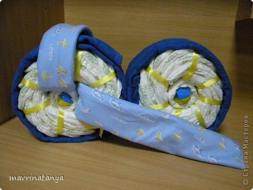 Предлагаю Вашему вниманию мастер-класс по изготовлению оригинального подарка из памперсов для мальчика. фото 18
