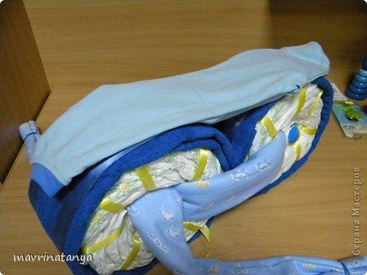 Предлагаю Вашему вниманию мастер-класс по изготовлению оригинального подарка из памперсов для мальчика. фото 24