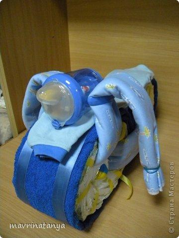 Предлагаю Вашему вниманию мастер-класс по изготовлению оригинального подарка из памперсов для мальчика. фото 25