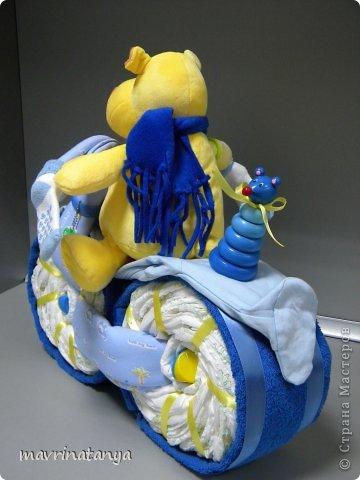 Предлагаю Вашему вниманию мастер-класс по изготовлению оригинального подарка из памперсов для мальчика. фото 37