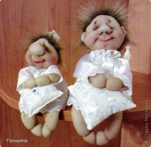 За основу взят мастер-класс Ликмы по изготовлению малыша Сплюши. А устроился Хранитель снов на подушке, которую тоже сшила я.  фото 4