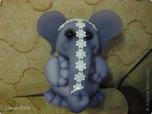 Всем приветики! Заказала мне одна дама слона для дочки 2-х лет. Как в мульте *По дороге с облаками*. Я долго думала КАК воплотить эту идею.  фото 2