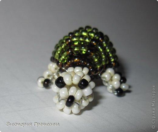 Сегодня сплелась еще одна моя маленькая зверушка параллельным плетением - черепашка!  Обращайтесь за схемой! фото 3