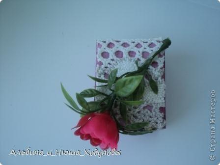 Вот такой комодик из спичечных коробков я сделала для сестры ( она очень любит всякие коробочки, шкатулочки). фото 6