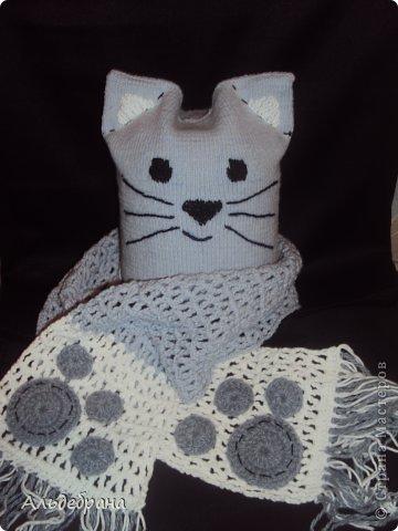 """комплект """"Котенок для моего котенка"""": пряжа """"ALIZE Cotton Gold"""" 1 моток серой и немного белой, спицы 2 мм, крючок №3; подклад: трикотаж, хлопок. Шапочка на 4-5 лет (окр.головы 42 см, глубина 20 см) фото 5"""