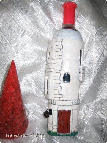 Здравствуйте. Очень красивая работа у Оксанка-Дилетантка (https://stranamasterov.ru/node/389664?c=favorite). Решила сделать свой замок на бутылке с вином. фото 5