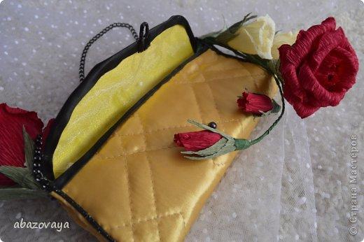 """Всем доброго времени суток!!! Попросили меня сделать маленькую сумочку """"Шанель"""", и вот не долго думая я побежала приобретать подходящую ткань, очень уж хотелось что бы она была похожа на настоящую...... ну собственно вот что у меня вышло. фото 4"""