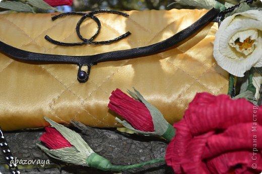 """Всем доброго времени суток!!! Попросили меня сделать маленькую сумочку """"Шанель"""", и вот не долго думая я побежала приобретать подходящую ткань, очень уж хотелось что бы она была похожа на настоящую...... ну собственно вот что у меня вышло. фото 8"""