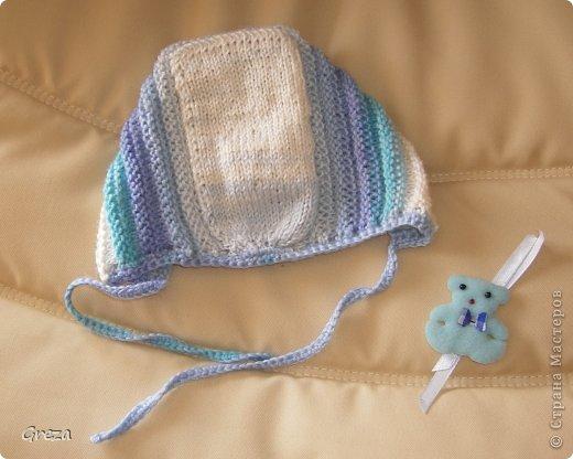 На сей раз я попробовала связать чепчик для малыша спицами. Воспользовалась МК Владимировой Татьяны: http://babyknitting.ru/2011/01/27/dvustoronnij-chepchik-dlya-novorozhdennogo-svyazannyj-na-spicax/ фото 4