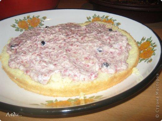 Здравствуйте дорогие жительницы Страны мастеров! Я хочу поделится с вами рецептом нежного тортика. Его можно готовить на праздники и в обычные дни.  Приятного просмотра!  фото 11