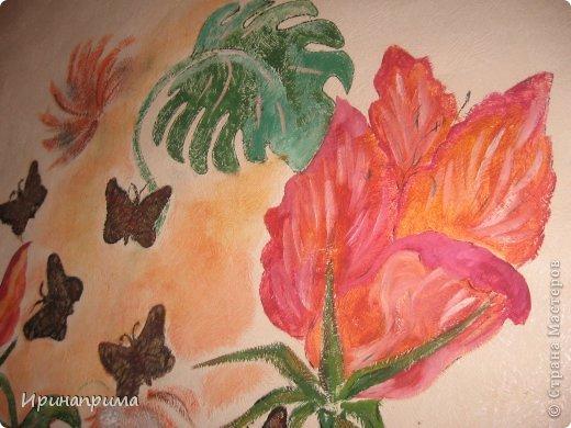 Это новое безумство на моей стене.Захотелось продления лета и....вот теперь,даже в сильные морозы у меня в комнате благоухание тропических цветов,и порхание бабочек! фото 2