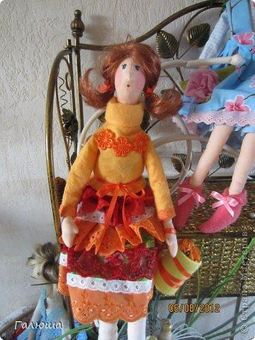 Куколки уже были сшиты давно, вот и решила переделать им волосы и одежду. фото 4