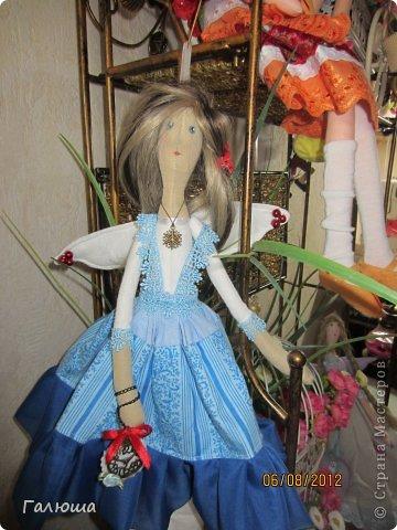 Куколки уже были сшиты давно, вот и решила переделать им волосы и одежду. фото 11