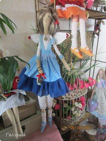 Куколки уже были сшиты давно, вот и решила переделать им волосы и одежду. фото 10