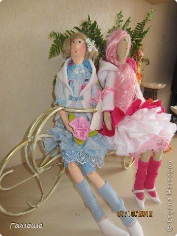 Куколки уже были сшиты давно, вот и решила переделать им волосы и одежду. фото 5