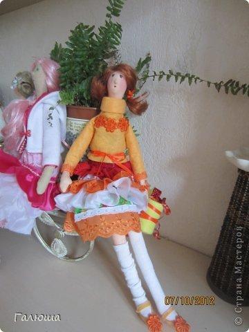 Куколки уже были сшиты давно, вот и решила переделать им волосы и одежду. фото 3