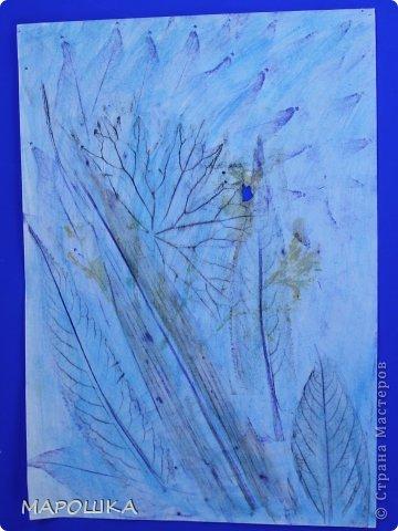 Фроттаж - интересная техника, мы начали с восковых карандашей и живых листьев, когда проявляется рисунок восхищению детей нет предела... впервые с этой техникой (не считая карандашных монеток в детстве) встретилась в книгах фото 9