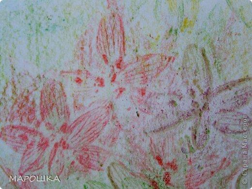 Фроттаж - интересная техника, мы начали с восковых карандашей и живых листьев, когда проявляется рисунок восхищению детей нет предела... впервые с этой техникой (не считая карандашных монеток в детстве) встретилась в книгах фото 12