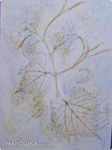 Фроттаж - интересная техника, мы начали с восковых карандашей и живых листьев, когда проявляется рисунок восхищению детей нет предела... впервые с этой техникой (не считая карандашных монеток в детстве) встретилась в книгах фото 13