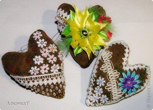Ура!Наконец-то  у меня появился   повод для  создание    этих   аромашек!!! Теперь будет,  чем народ  порадовать!Во всяком случае   я  оооочень  надеюсь,  что  будущим  хозяевам  понравятся  мои  подарочки!