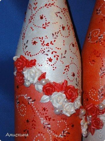 """Свадебный набор """"Люблю"""". Не могла купить белые свечи. Пришлось купить красные. Красные свечи на столе даже ярко смотрелись. Результатом довольна. Невесте понравилось. фото 2"""