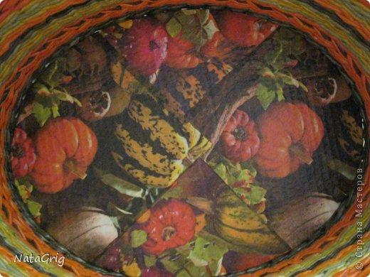 Приветствую всех, кто заглянет ко мне! Сплелась такая вот корзинка в подарок для оранжевой кухни. Размер длина 32, ширина 24, высота 15. морилка водная папоротник, лимон, палисандр разбавленный, лак водный. фото 4