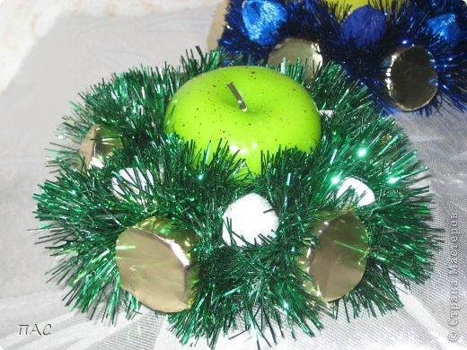 Пора подумать о новом годе. Вот такие свечки с конфетками решила делать и дарить друзьям. фото 3