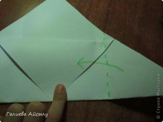 Вот такой конвертик мы сегодня сделаем.  Нам понадобится : Ножницы Бумага  Фломастеры. фото 6