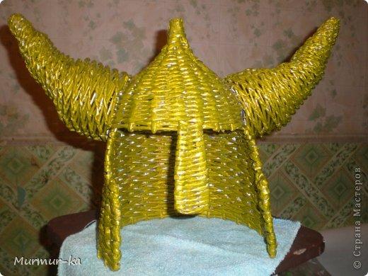 Увидела на сайте у Пустельги  https://stranamasterov.ru/node/185233  такой вот шлем, младшему сыну он очень понравился, решила сплести в подарок на День рождения. Мучилась долго: с размером трудно угадать без примерки, а хотелось сделать сюрприз, так что 3 раза переплетала,методом тыка подбирала, но домучила. Сын был несказанно рад. фото 1