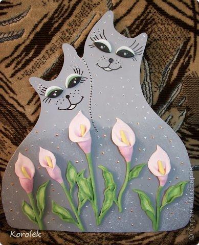 Котики сделаны из гипса,все остальное солёное тесто.Форму кошек подсмотрела у Elen , https://stranamasterov.ru/node/314741 ,большое спасибо за идею!) фото 4