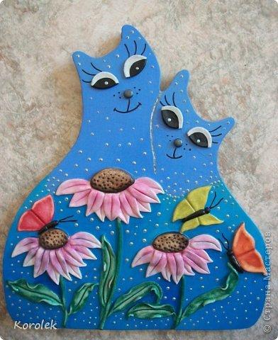 Котики сделаны из гипса,все остальное солёное тесто.Форму кошек подсмотрела у Elen , https://stranamasterov.ru/node/314741 ,большое спасибо за идею!) фото 1