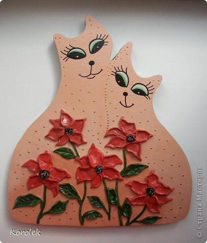 Котики сделаны из гипса,все остальное солёное тесто.Форму кошек подсмотрела у Elen , https://stranamasterov.ru/node/314741 ,большое спасибо за идею!) фото 2