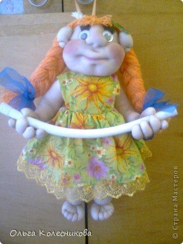 Очень мне понравились куклы для полотенца у разных мастериц, я решила создать свою в подарок маме на день рождения. фото 5