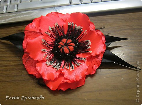 Такую розочку-брошь соорудили по МК Веры Кравченко ( спасибо ей за науку) фото 2