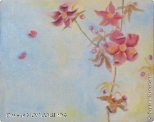 лилии и бабочка из соленого теста. раскрашено масляными красками фото 2
