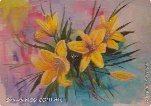 лилии и бабочка из соленого теста. раскрашено масляными красками фото 3