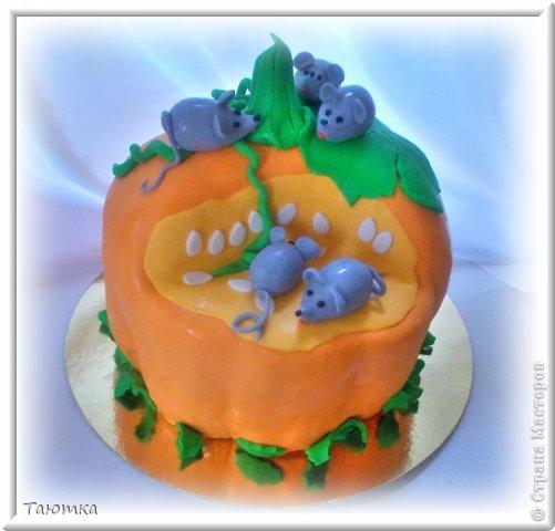 Меня почему то очень вдохновил этот тортик, сделала быстро и с огромным удовольствием! фото 1