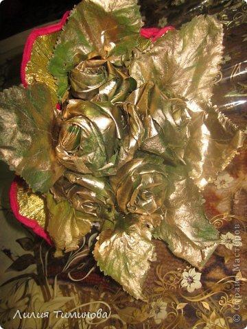 Букет из осенних листьев! Делали вместе с дочерью-ребенку весело) Подарили бабушке на день учителя!