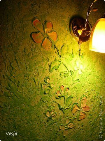 Создание рельефных рисунков на стене шпатлевкой