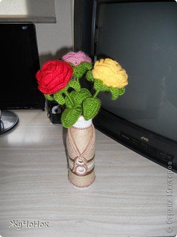 Розы и вазочки крючком фото 1