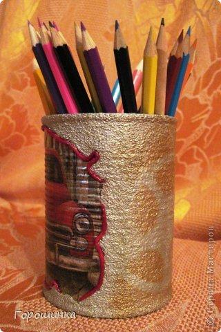 Эта карандашница сделана по просьбе моего сына в дополнение к его основному подарку на День рождения фото 2