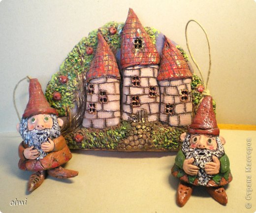 """Пришла в восторг от керамики Натальи Сотс, вдохновилась ее колокольчиками ( http://triinochka.ru/post160545720/ , http://www.flickr.com/photos/10418916@N08/sets/72157600952310466/ ). Этот кот """"слизан"""" с ее кота-колокольчика, копией назвать это не могу, так как до работы автора сильно не дотягивает :-). фото 9"""