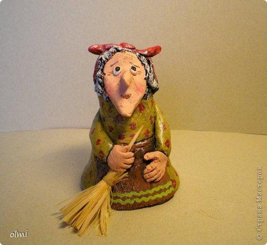 """Пришла в восторг от керамики Натальи Сотс, вдохновилась ее колокольчиками ( http://triinochka.ru/post160545720/ , http://www.flickr.com/photos/10418916@N08/sets/72157600952310466/ ). Этот кот """"слизан"""" с ее кота-колокольчика, копией назвать это не могу, так как до работы автора сильно не дотягивает :-). фото 12"""