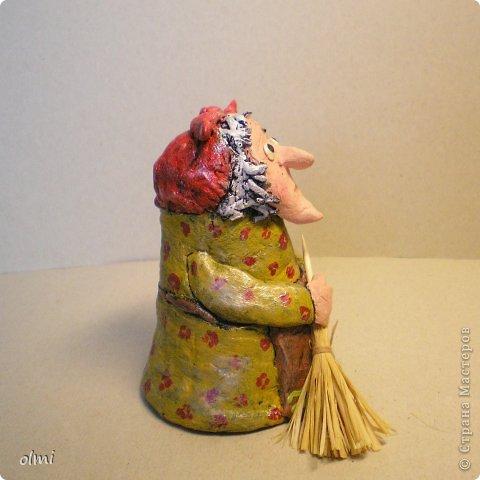 """Пришла в восторг от керамики Натальи Сотс, вдохновилась ее колокольчиками ( http://triinochka.ru/post160545720/ , http://www.flickr.com/photos/10418916@N08/sets/72157600952310466/ ). Этот кот """"слизан"""" с ее кота-колокольчика, копией назвать это не могу, так как до работы автора сильно не дотягивает :-). фото 13"""
