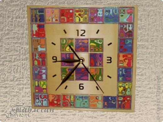 """Часы """"Хундертвассер в стиле Фрей Вилл в моей интерпретации"""" фото 1"""