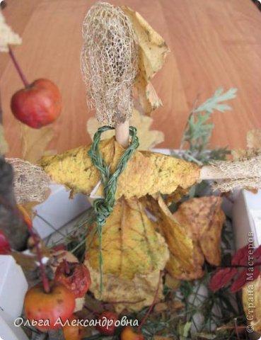 """Осень на дворе. И проект наш называется """"Осенние мотивы"""". Во время проекта будем рассказывать стихи про осень, покажем ее красоту в рисунках и, конечно же, в поделках. Вот, постепенно, пополняется наша выставка. фото 12"""