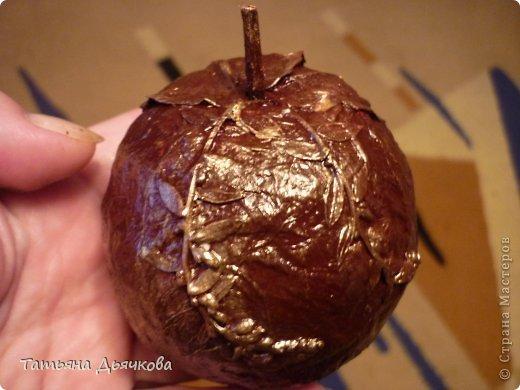 Яблоко в технике папье-маше(повторюшка) фото 3